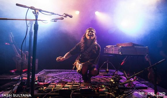 Tash Sultana at Jacobs Pavilion at Nautica
